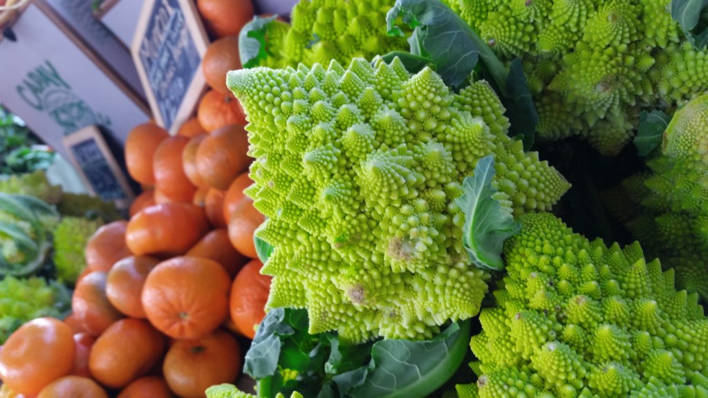 Romanesco Broccoli ... something about the light at this display really caught my eye.