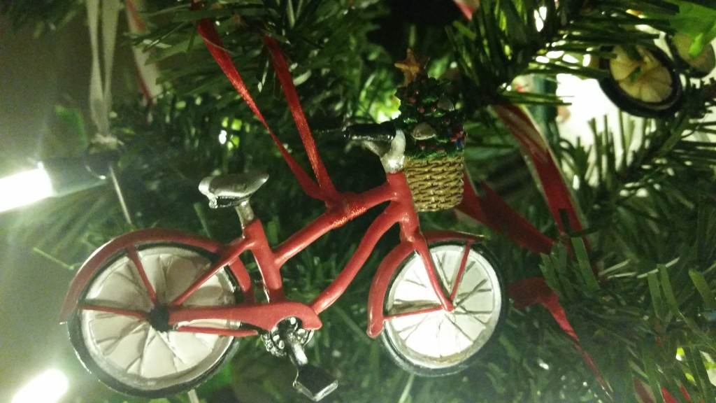 Of course my tree is filled with bicycle ornaments!